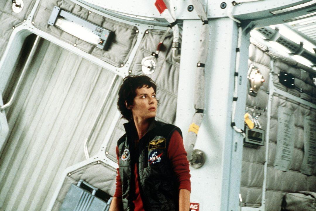 Terri (Connie Nielsen) soll mit einem hastig rekrutierten Rettungstrupp zum Roten Planeten fliegen, um dort nach Überlebenden einer Expedition zu s... - Bildquelle: Touchstone Pictures