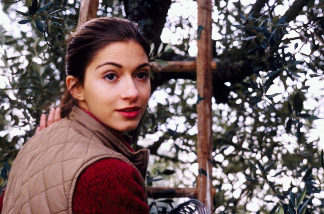 Ist in den polnischen Arbeiter Pawel verliebt: Chiara (Giulia Steigerwalt) ... - Bildquelle: Buena Vista International Inc.