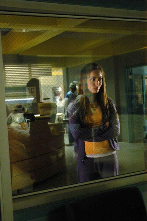 Ist besorgt um ihre Schwester: Sudie (Lauren Mayhem) ... - Bildquelle: CBS Television