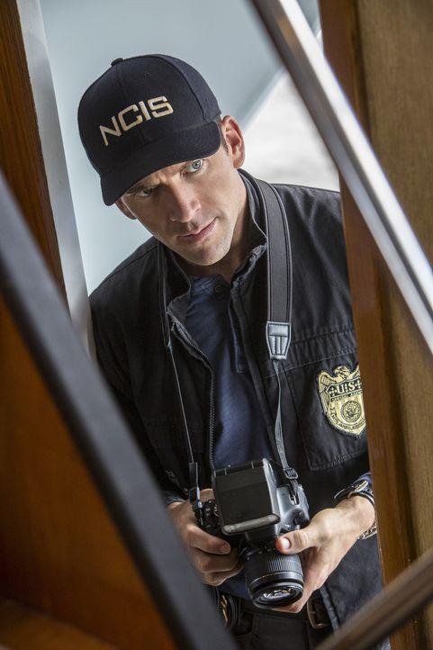 Läuft Special Agent LaSalle (Lucas Black) in eine Falle? - Bildquelle: Skip Bolen 2016 CBS Broadcasting, Inc. All Rights Reserved