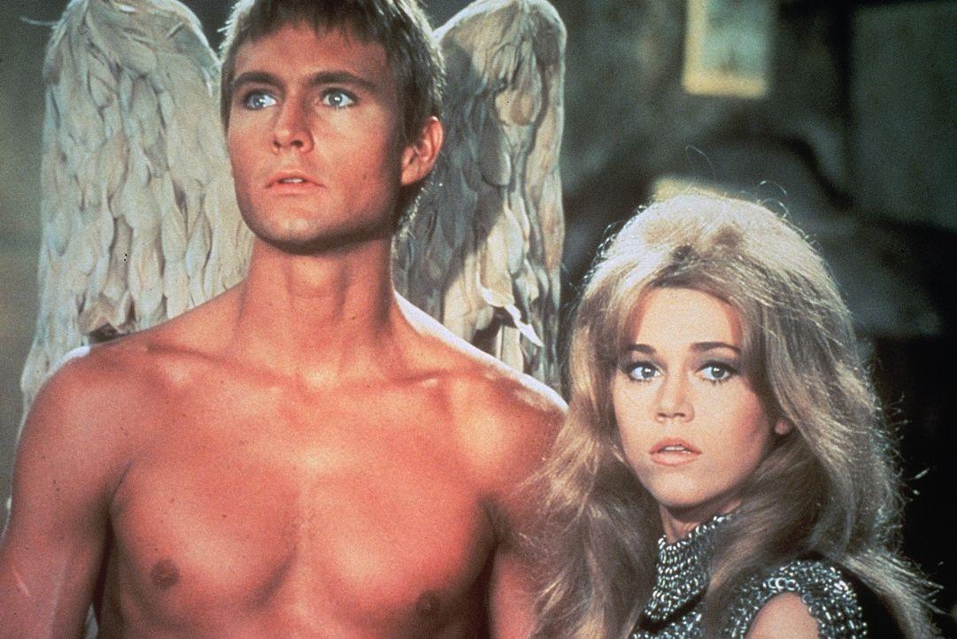 Pygar (John Phillip Law, l.); Barbarella (Jane Fonda, r.) - Bildquelle: 1968 by Dino De Laurentiis Cinematografica S.p.A. Rome. All rights reserved.