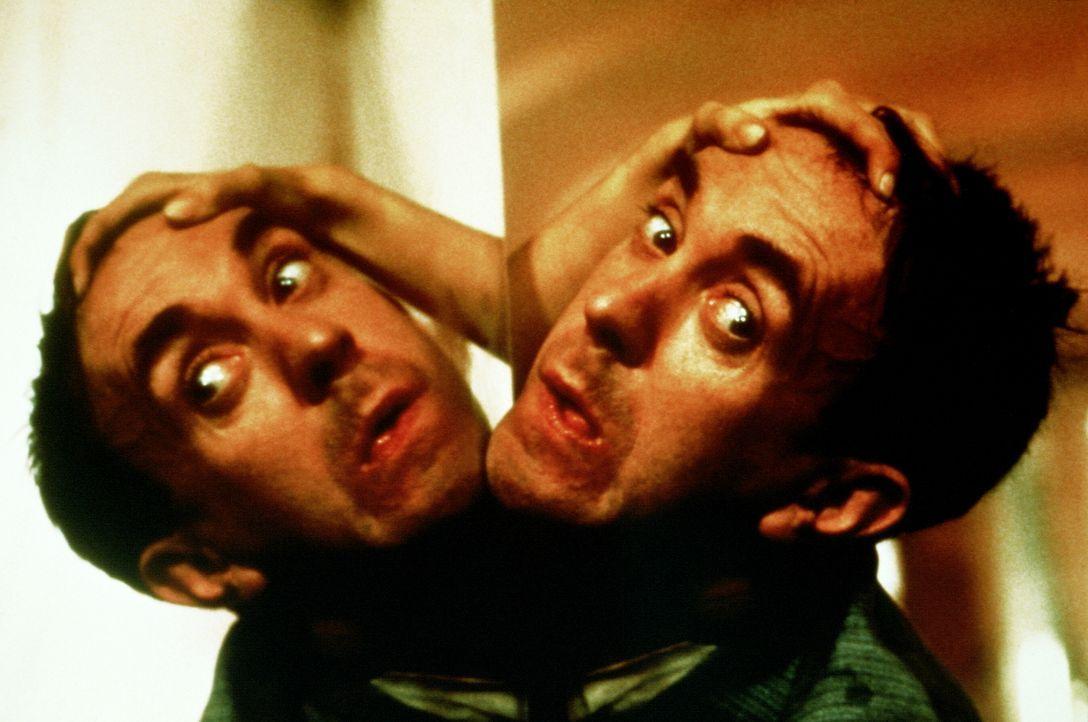Als Sam (Jonathan Pryce) sich auf die Seite der Aufständischen schlägt, wird er verhaftet. Schon bald landet er auf dem Folterstuhl ... - Bildquelle: 20th Century Fox of Germany