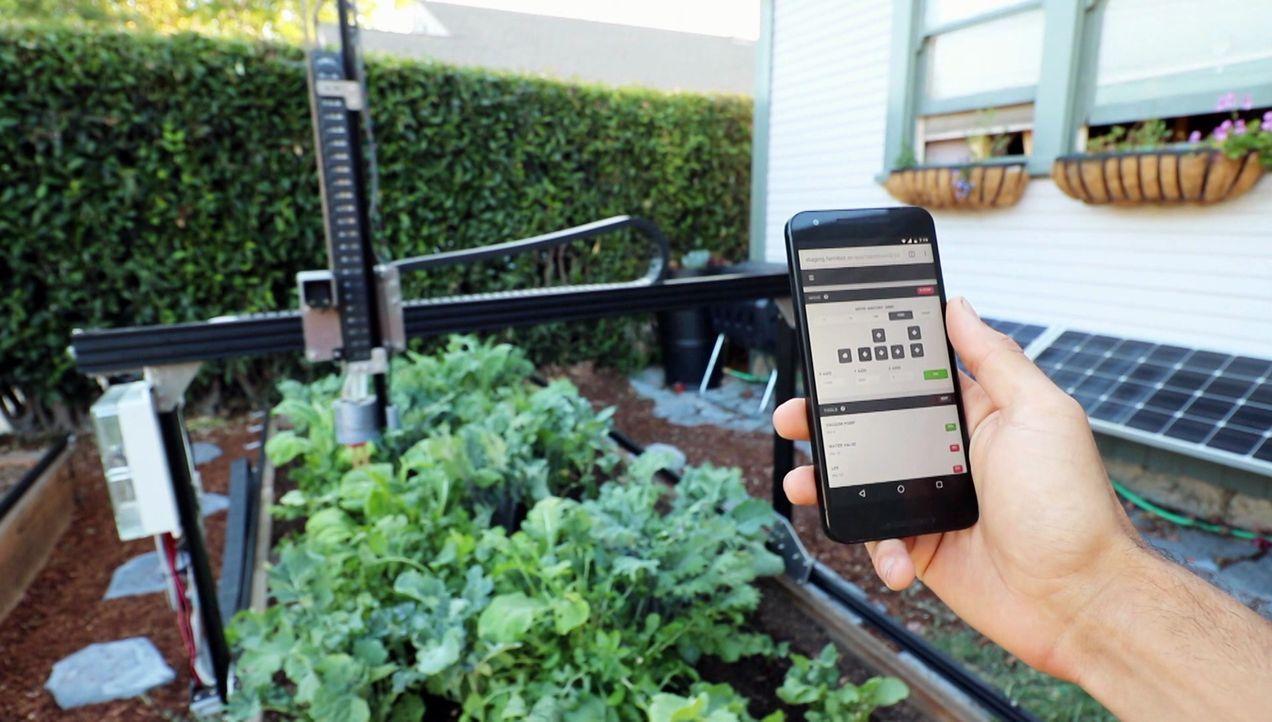 Die Zukunft unseres Essens wird wo entschieden? Klar, im Silicon Valley, wo die Software-Cracks dieser Welt an den digitalen Lösungen der Foodbranch... - Bildquelle: kabel eins