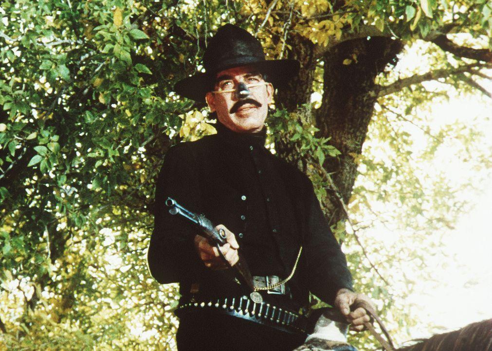 Der berüchtigte Berufskiller Tim Strawn (Lee Marvin) wird auf den alten Frankie angesetzt - denn der wehrt sich, eines seiner Grundstücke zu verka... - Bildquelle: Columbia Pictures