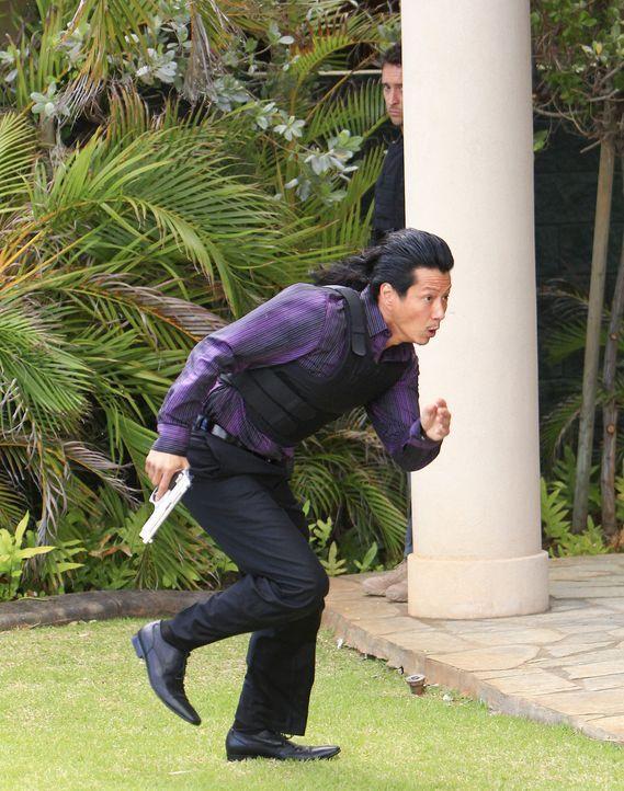Bei einem Einsatz vom Five-O-Team kann Sang Min (Will Yun Lee) flüchten. Doch Steve und seine Kollegen geben alles, um ihn zu fassen ... - Bildquelle: 2011 CBS BROADCASTING INC.  All Rights Reserved.