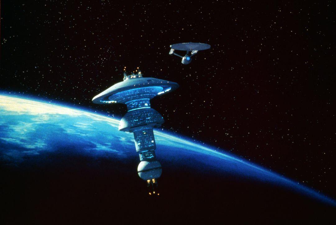 Die ?Enterprise? bricht auf zu den Friedensverhandlungen mit den Klingonen. - Bildquelle: Paramount Pictures