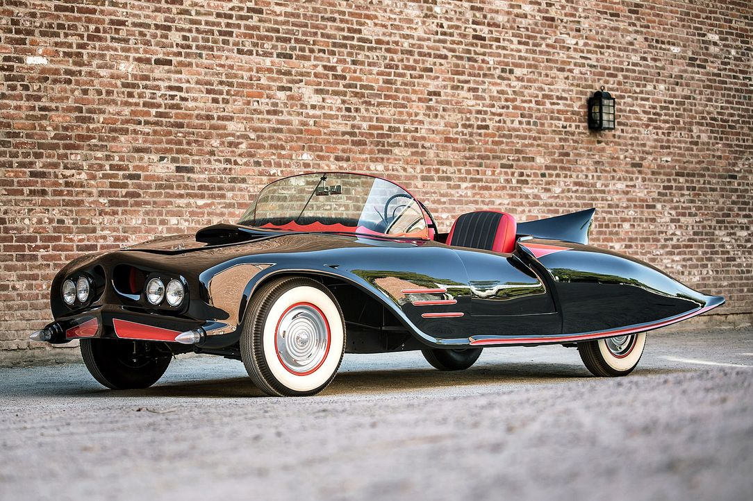 Batmobil-Ur-Version-undatiert-Hertage-Auction-dpa - Bildquelle: Hertage Auctions/dpa