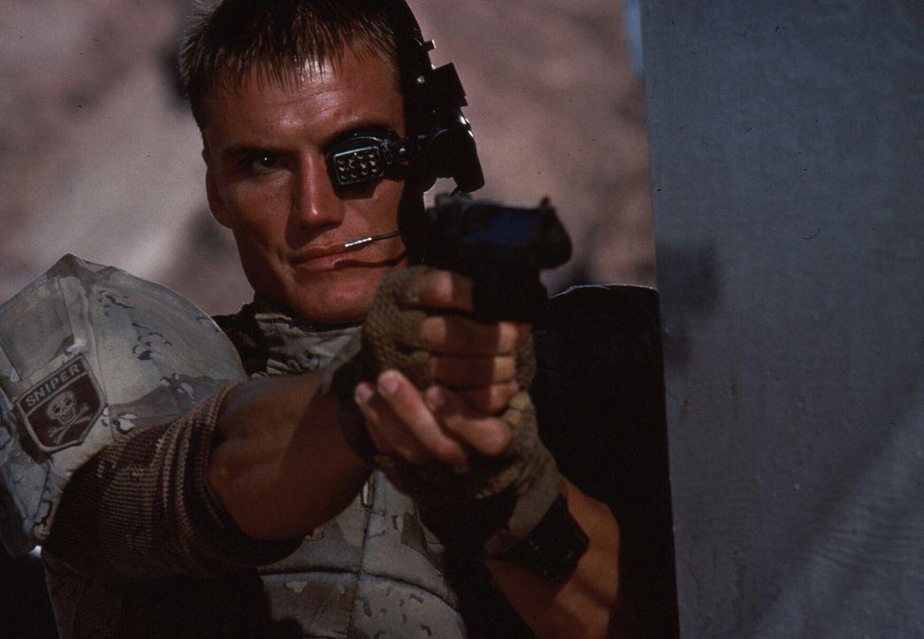 Keine Macht der Welt kann Andrew (Dolph Lundgren) auf seinem Rachefeldzug noch bremsen ... - Bildquelle: 1992 TriStar Pictures