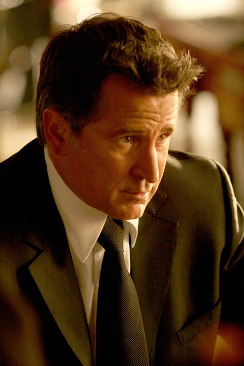 Kommt Jack Malone (Anthony LaPaglia) dem plötzlichen Verschwinden des 15-jährigen Shawn auf die Spur? - Bildquelle: Warner Bros. Entertainment Inc.