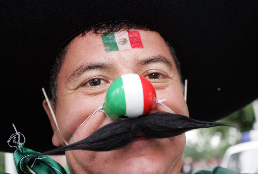 Fussball-Fan-Mexiko-060616-dpa - Bildquelle: dpa
