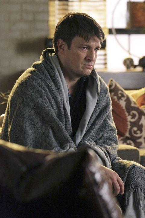 Die Ereignisse der letzten Stunden haben Castle (Nathan Fillion) schwer zugesetzt ... - Bildquelle: 2011 American Broadcasting Companies, Inc. All rights reserved.