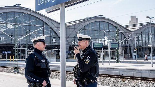 Achtung Kontrolle - Achtung Kontrolle! - Thema U.a.: Eine Ministerin Am Hauptbahnhof - Bundespolizei Leipzig