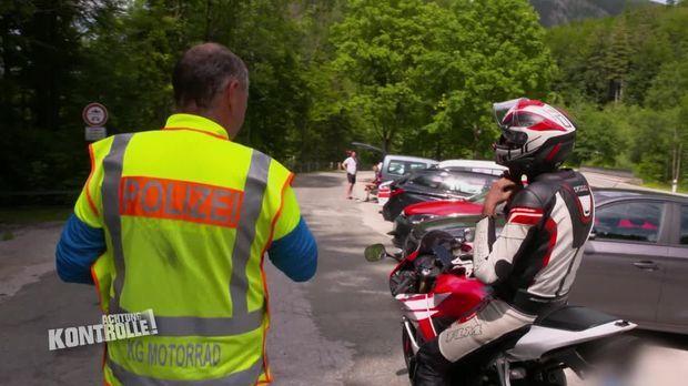 Achtung Kontrolle - Achtung Kontrolle! - Thema U.a.: Ein Fehler Kommt Selten Allein - Motorradkontrolle Kesselberg