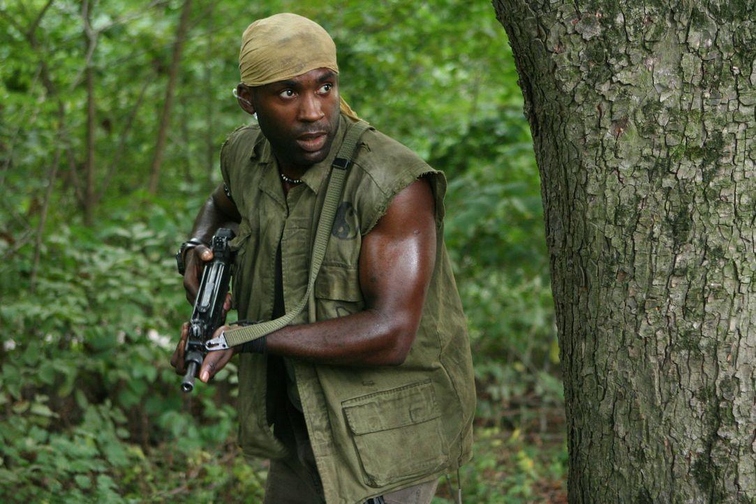 Nachdem eine Anaconda aus einem Labor ausgebrochen ist, beginnt für Nick (Patrick Regis) und seine Kollegen eine Wettlauf mit der Zeit, um das Monst... - Bildquelle: 2008 Worldwide SPE Acquisitions Inc. All Rights Reserved.
