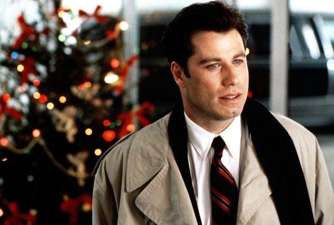 Als der New Yorker Taxifahrer und Hobbyflieger James (John Travolta) von der Karrierefrau Samantha als Privatpilot engagiert wird, sind die Geldsorg... - Bildquelle: TriStar Pictures