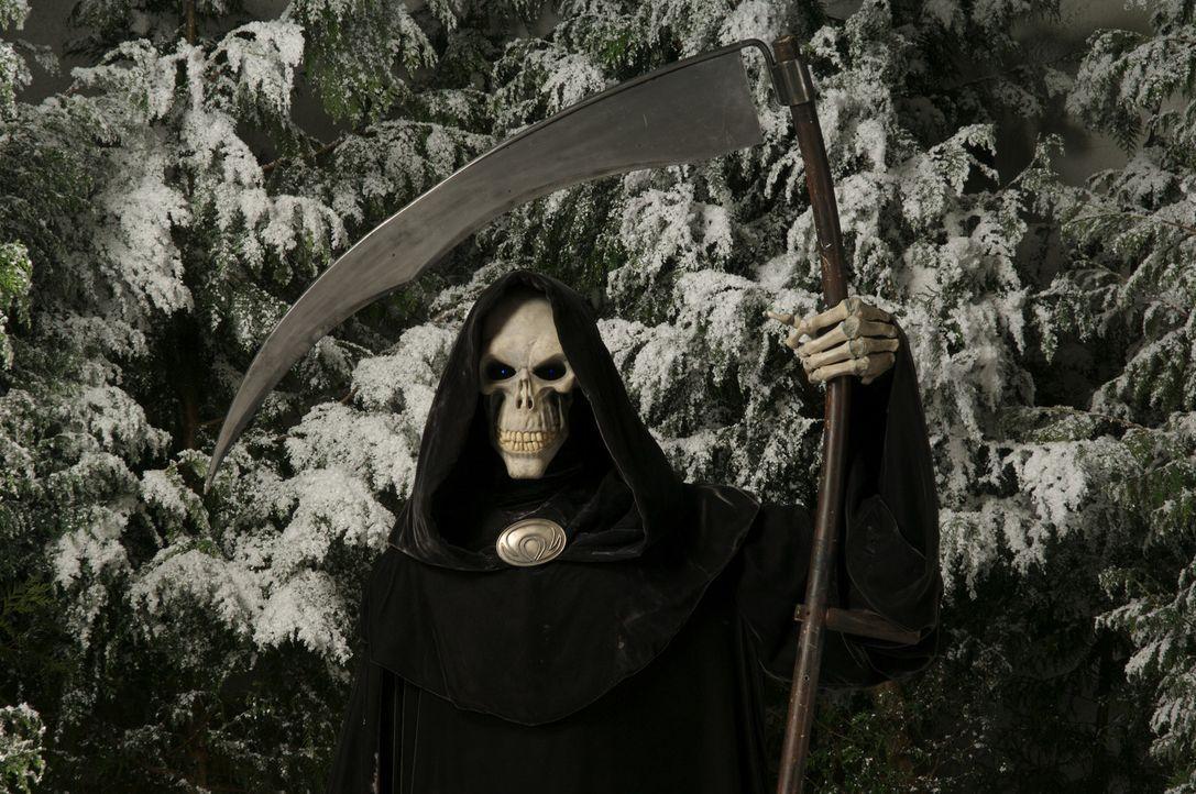 """""""Weihnachten"""" in der Scheibenwelt: Der Schneevater ist spurlos verschwunden! Damit aber am nächsten Morgen die Sonne wieder aufgeht, muss der Tod (... - Bildquelle: RHI Entertainment"""
