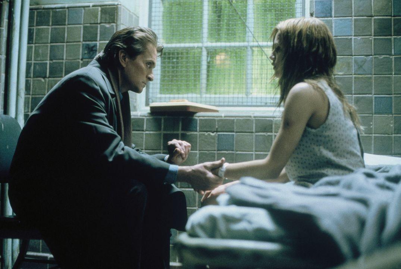 Als Kriminelle seine kleine Tochter entführen, steht der renommierte Psychiater Dr. Nathan Conrad (Michael Douglas, l.) ziemlich unter Druck. Denn... - Bildquelle: 20th Century Fox Film Corporation
