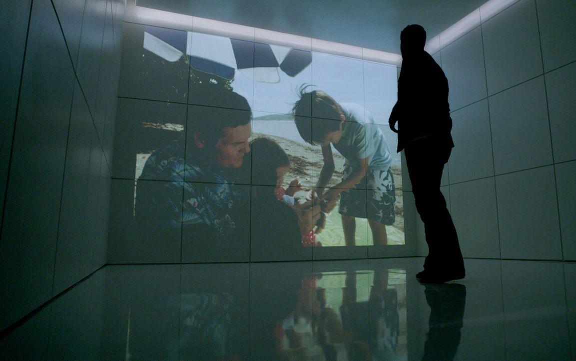 Wurde von Wo Fat entführt und geht dabei durch die Hölle: Steve (Alex O'Loughlin) ... - Bildquelle: 2014 CBS Broadcasting Inc. All Rights Reserved.