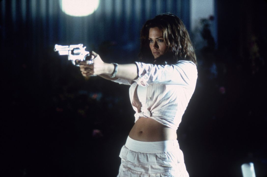 Spinnt eine mörderische Intrige: Brittney (Susan Ward) ... - Bildquelle: Columbia Pictures