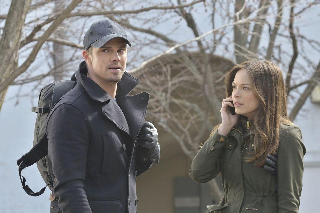 Wollen ein normales Leben führen. Doch das ist gar nicht so einfach: Vincent (Jay Ryan, l.) und Cat (Kristin Kreuk, r.) ... - Bildquelle: 2013 The CW Network, LLC. All rights reserved.