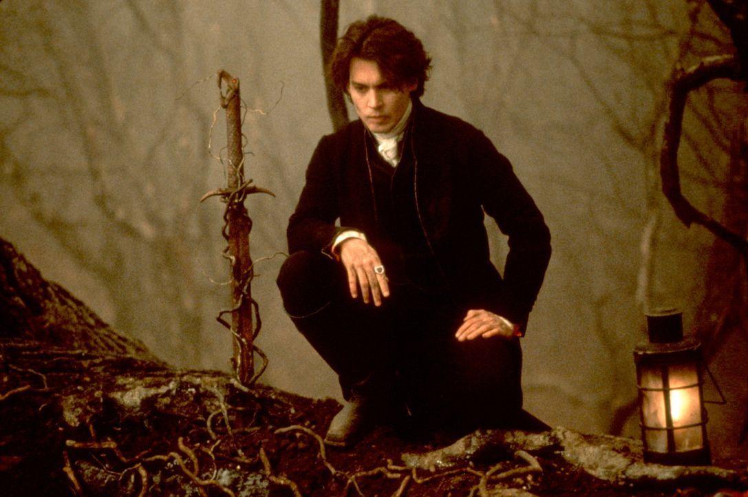 Gendarm Ichabod Crane (Johnny Depp) macht erneut eine makabre Entdeckung ... - Bildquelle: Constantin Film
