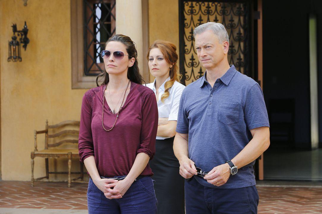 Jack Garrett (Gary Sinise, r.), Clara Seger (Alana De La Garza, l.) und das restliche Team, werden nach Italien gerufen, um dort einen Fall zu lösen... - Bildquelle: Bill Inoshita 2016 ABC Studios. All rights reserved.