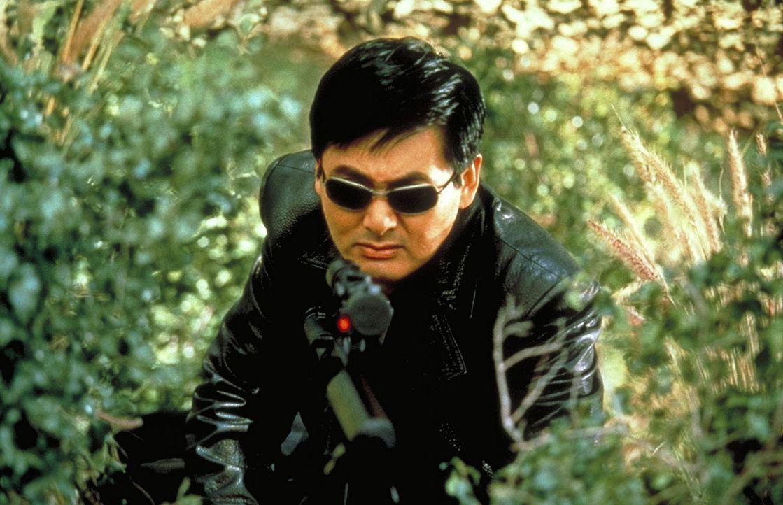 Kein Killer erledigt seine Aufträge sicherer als der chinesische Immigrant John Lee (Chow Yun-Fat). Doch dann will Lee aussteigen - und das gefäll... - Bildquelle: Columbia Tri-Star