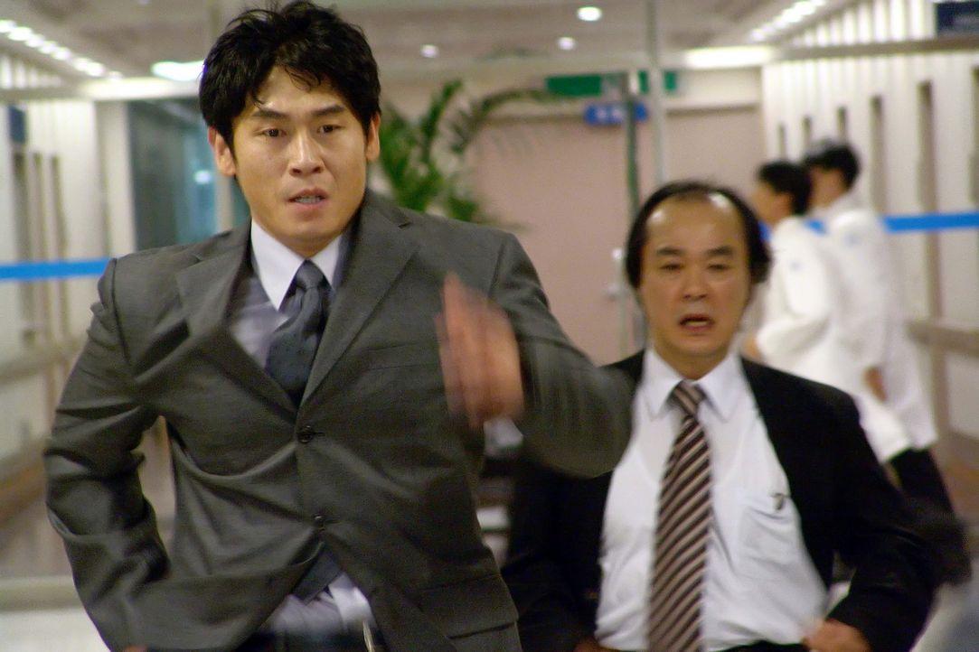 """Hat für seinen kriminellen Widersacher nur eine Nachricht: """"Ich werde dir zeigen was Gerechtigkeit ist!"""": Staatsanwalt Chul-jung Kang (Kyung-gu Sol... - Bildquelle: Splendid"""