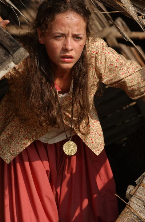 Nach der Flucht mit einem Ballon aus einem Gefangenenlager landet Helen (Danielle Calvert) auf einer vermeintlich einsamen Insel mitten im Ozean ... - Bildquelle: 2006 RHI Entertainment Distribution, LLC