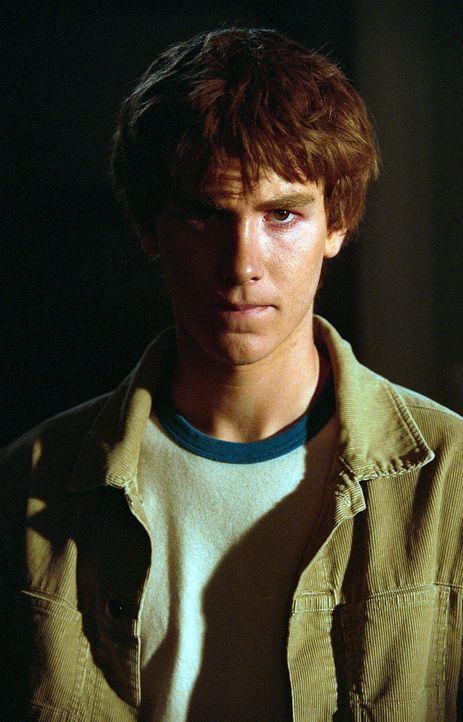 Ein Mitglied der weit verzweigten Kennedy-Familie: der 15-jährige Michael Skakel (Jon Foster), der zu schrecklichen Gewaltausbrüchen neigt ... - Bildquelle: Sony Pictures Television International. All Rights Reserved.