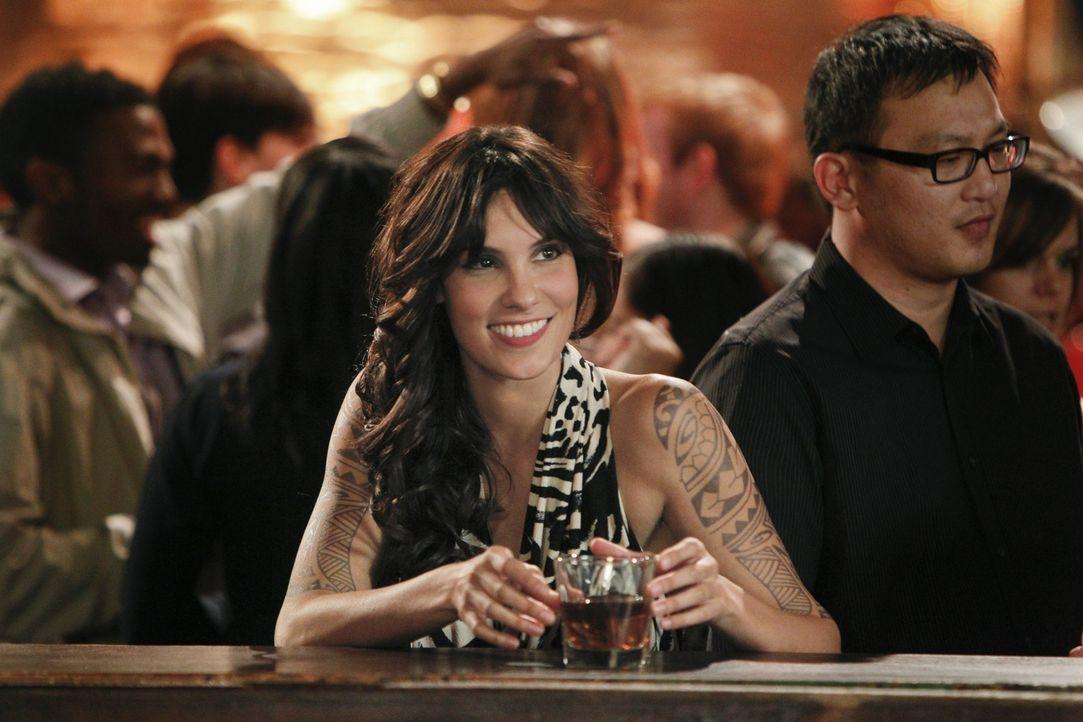 Versucht gemeinsam mit ihren Kollegen, einen neuen Fall aufzudecken: Kensi (Daniela Ruah) ... - Bildquelle: CBS Studios Inc. All Rights Reserved.