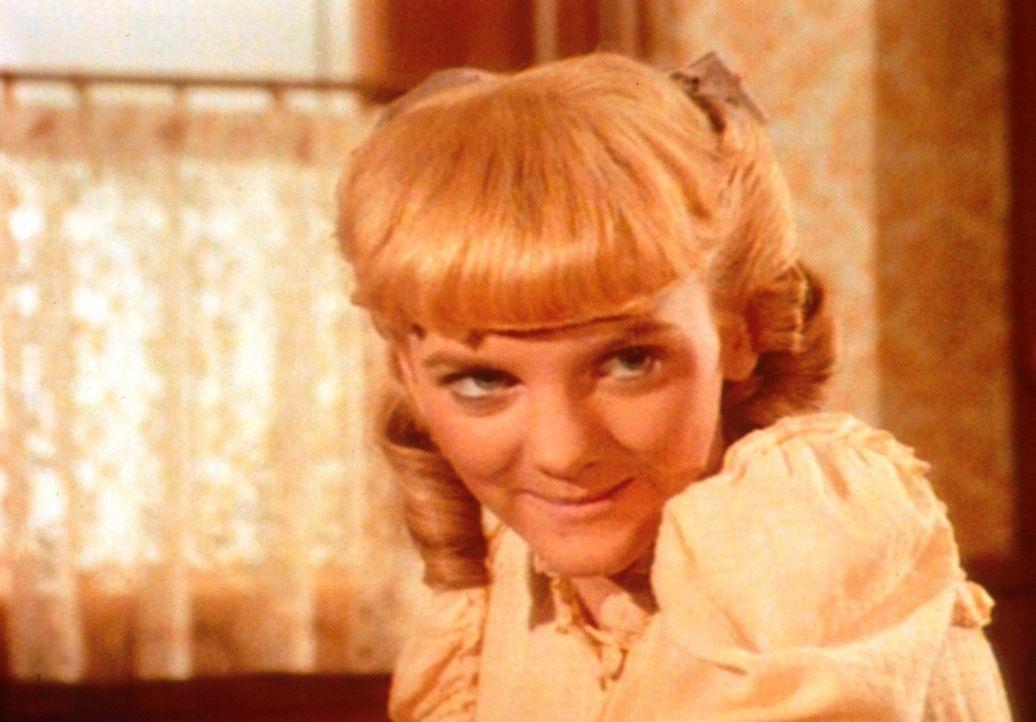 Vergeblich versucht Nellie (Alison Arngrim) den ungestümen Perley zu bezaubern, denn der junge Mann interessiert sich nur für Pferderennen. - Bildquelle: Worldvision