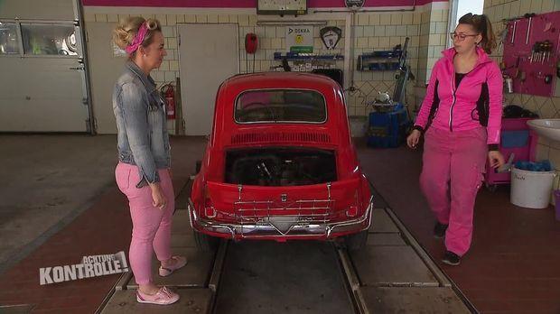 Achtung Kontrolle - Achtung Kontrolle! - Thema U.a.: Profis In Pink - Die Frauen Auto-werkstatt