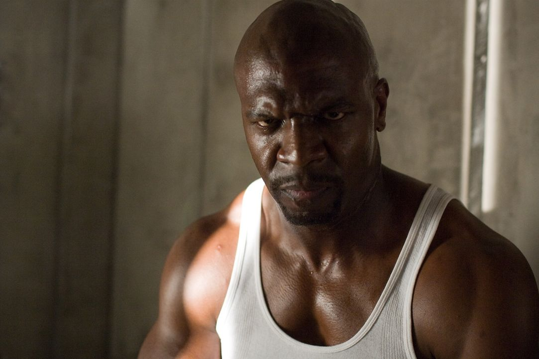 Der kampferprobte Söldner Hackman (Terry Crews) soll Kable endgültig den Garaus machen ... - Bildquelle: TM & Copyright   Lakeshore Entertainment Group. LLC. and Lionsgate. All rights reserved.