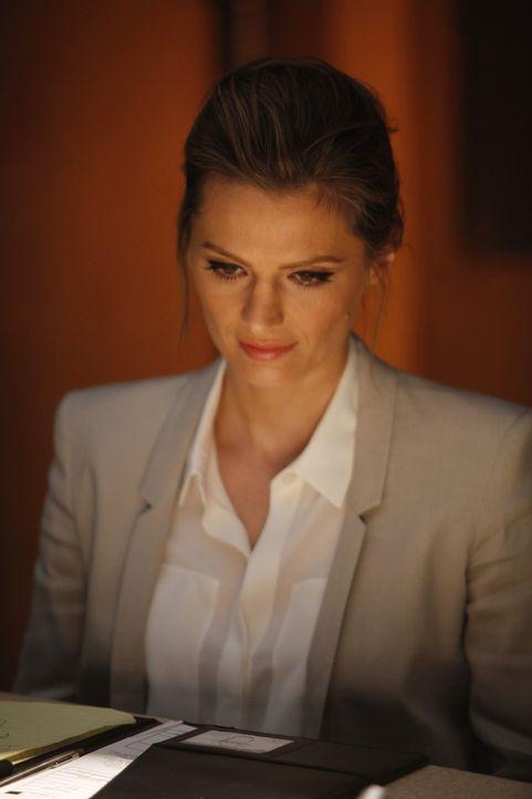 Was ist dran an der seltsamen Geschichte, die der Verdächtige Simon Doyle Kate Beckett (Stana Katic) auftischt? - Bildquelle: ABC Studios