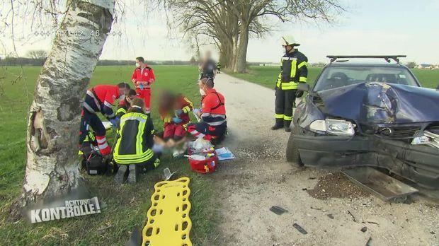 Achtung Kontrolle - Achtung Kontrolle! - Thema U.a.: Unfallopfer In Großer Not - Rettungsdienst Flughafen München