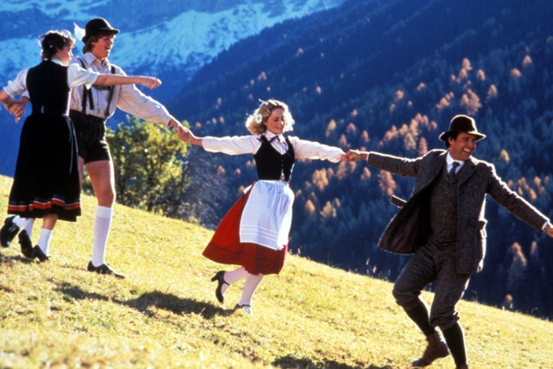 (v.l.n.r.) Audrey (Dana Hill); Rusty (Jason Lively); Ellen (Beverly D'Angelo); Clark (Chevy Chase) - Bildquelle: Warner Bros.