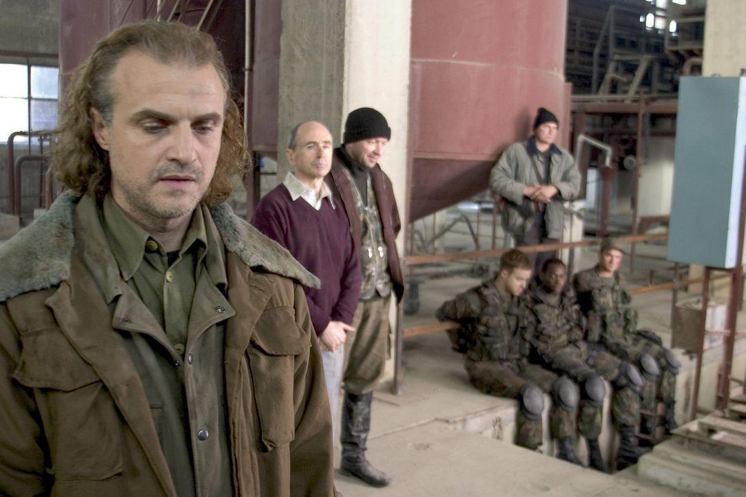 Als Rebellen ein Atomkraftwerk samt Geiseln besetzen, entscheiden sich die USA einen sogenannten Painter nach Tschetschenien zu schicken, um das Pro... - Bildquelle: Sony 2007 CPT Holdings, Inc.  All Rights Reserved.