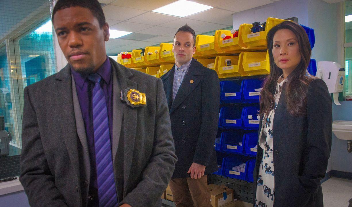 Ein neuer Fall wartet auf das Team: (v.l.n.r.) Detective Bell (Jon Michael Hill), Holmes (Jonny Lee Miller) und Watson (Lucy Liu) ... - Bildquelle: CBS Television