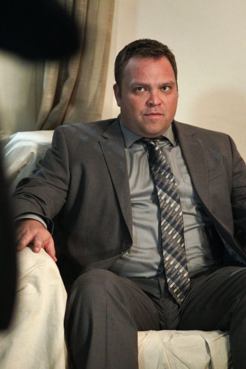 Ist FBI Agent Reede Smith (Drew Powell) in Wahrheit Red John? - Bildquelle: Warner Bros. Television
