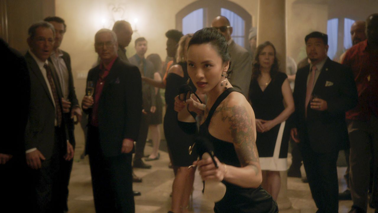 Desi Nguyen (Levy Tran) - Bildquelle: 2020 CBS Broadcasting, Inc. All Rights Reserved