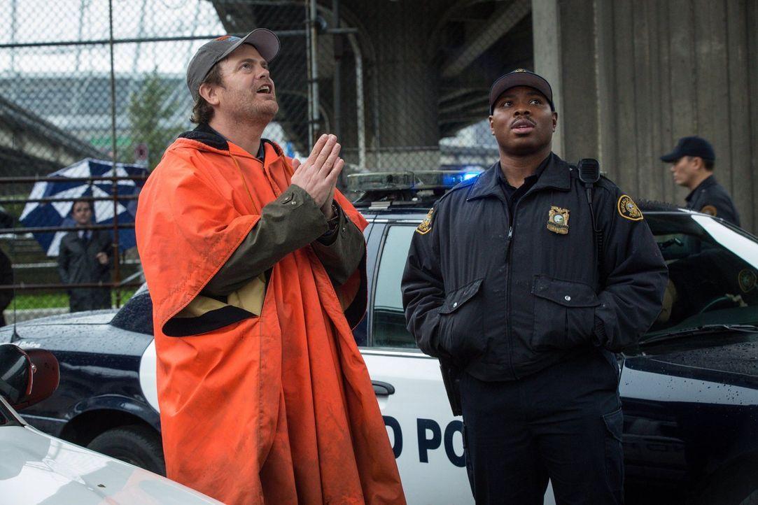 Backstrom (Rainn Wilson, l.) und Moto (Page Kenendy, r.) sind frustriert:  Wegen des ermordeten Indianers müssen sie jetzt mit zwei unerwünschten Er... - Bildquelle: 2015 Fox and its related entities. All rights reserved.