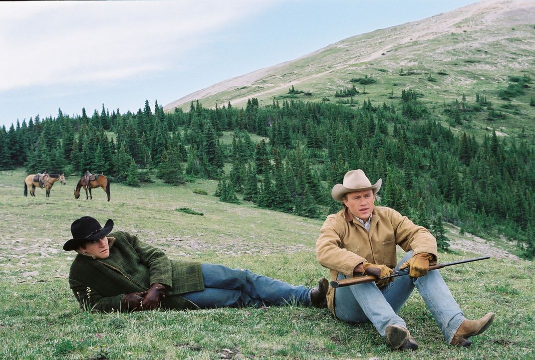Jack Twist (Jake Gyllenhaal, l.); Ennis Del Mar (Heath Ledger, r.) - Bildquelle: Tobis Film
