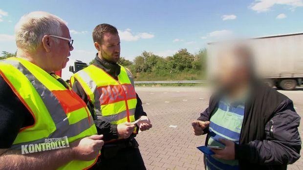 Achtung Kontrolle - Achtung Kontrolle! - Thema U.a: Polizeikontrolle - Verdacht Auf Schwarzarbeit