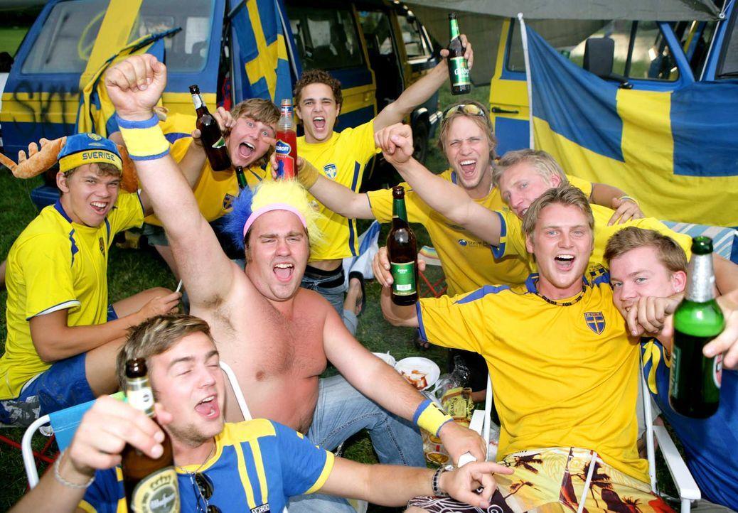 Fußball-Fan-Schweden-060619-dpa - Bildquelle: dpa