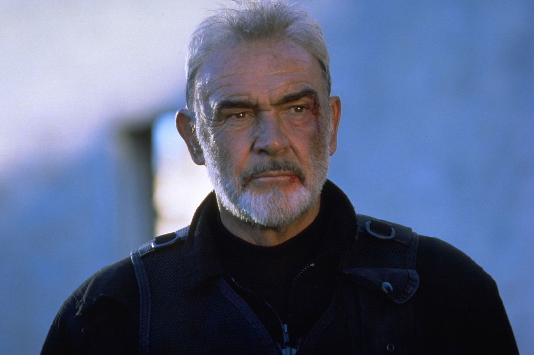 Er hat das Unmögliche geschafft: SAS-Agent John Mason (Sean Connery) gelangt durch das Tunnelsystem von Alcatraz in die Freiheit ... - Bildquelle: Hollywood Pictures Company.  All rights reserved