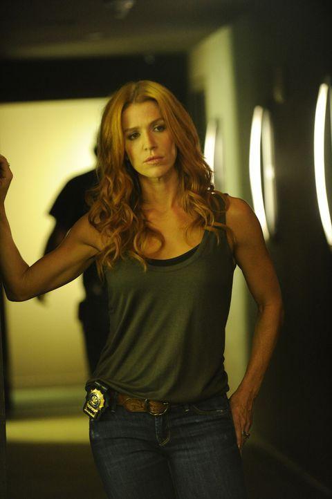 Versucht, den wahren Mörder von Brett Langley zu finden: Carrie (Poppy Montgomery) ... - Bildquelle: 2011 CBS Broadcasting Inc. All Rights Reserved.