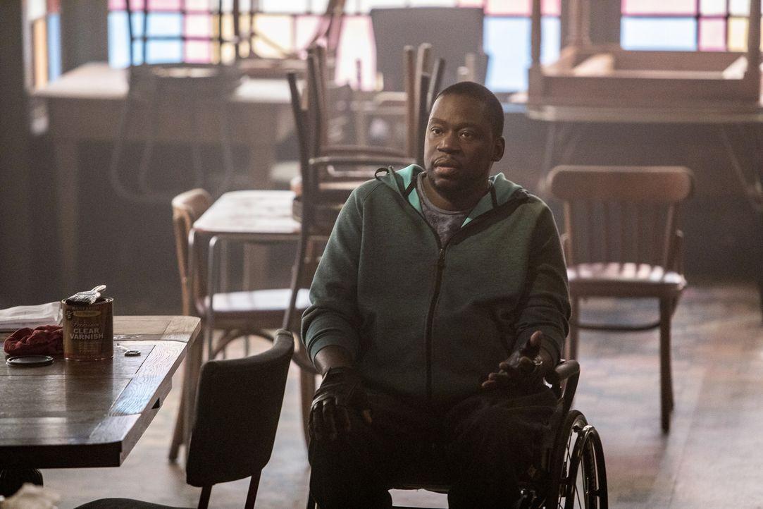 Patton Plame (Daryl Chill Mitchell) versucht, Pride davon zu überzeugen, zurück ins Team von Navy CIS: New Orleans zu kommen. - Bildquelle: Skip Bolen 2017 CBS Broadcasting, Inc. All Rights Reserved.