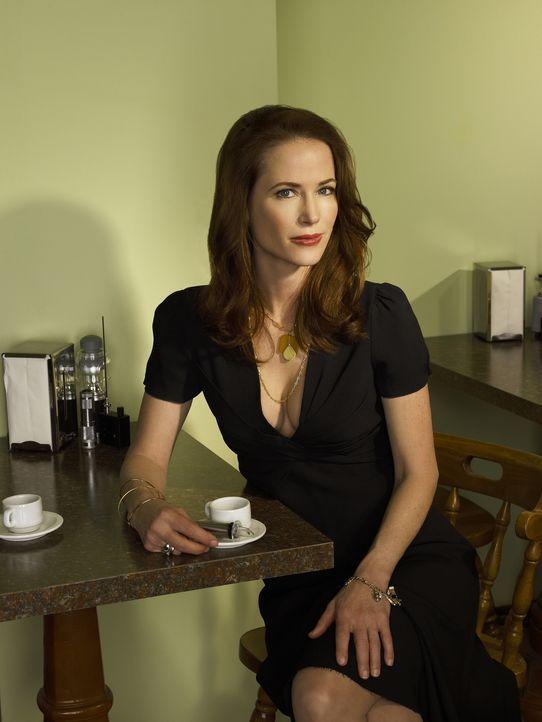 (1. Staffel) - Bedeutende Psychotherapeutin in Eureka: Beverly Barlowe (Debrah Farentino) ... - Bildquelle: Universal Television