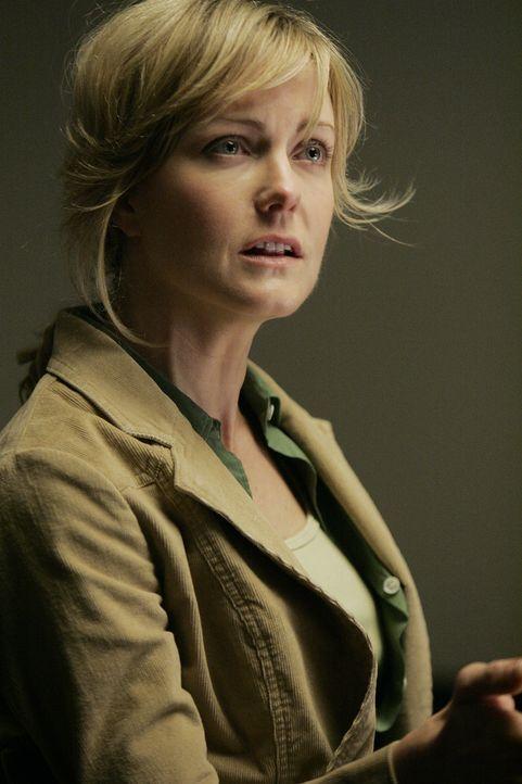 Hat Jill Reynolds (Lilli Birdsell) etwas mit dem Mord an dem Captain aus dem Verteidigungsministerium zu tun? - Bildquelle: CBS Television